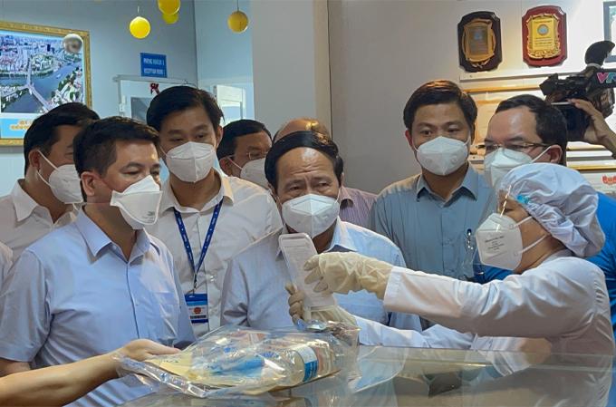 Phó Thủ Tướng chính phủ Lê Văn Thành thăm nhà máy dược An Thiên Pharma